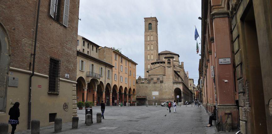 bologna piazza verdi via zamboni riqualificazione zona universitaria