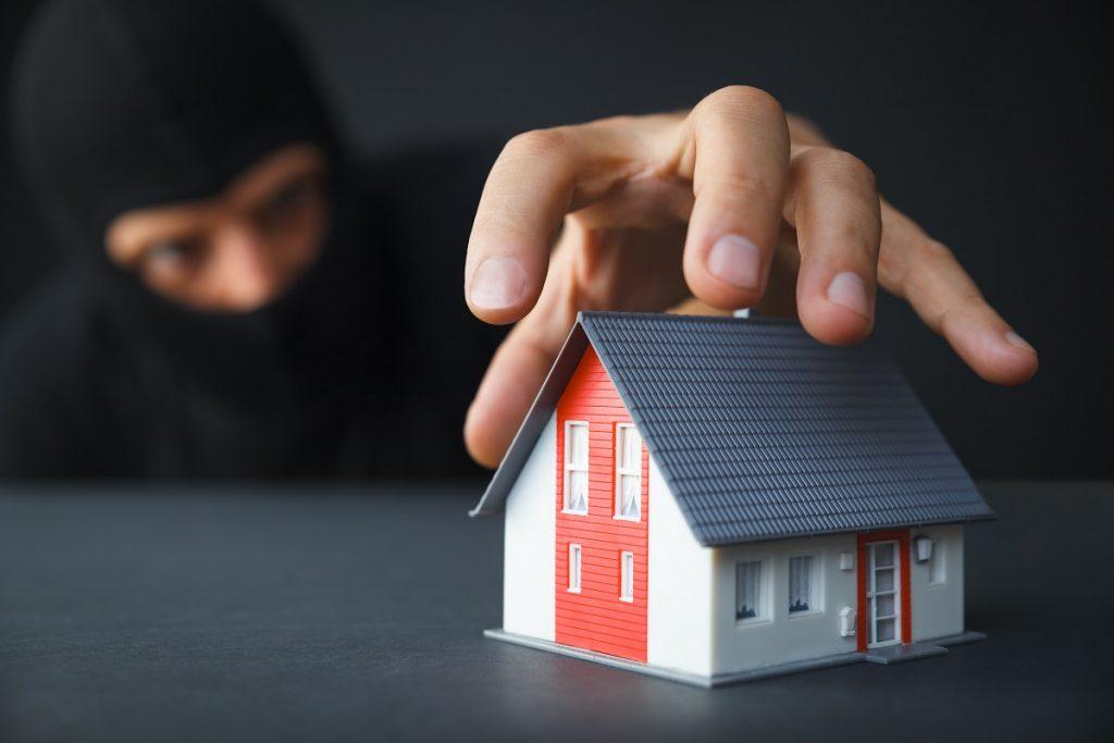 Come rendere la propria casa sicura durante l'estate
