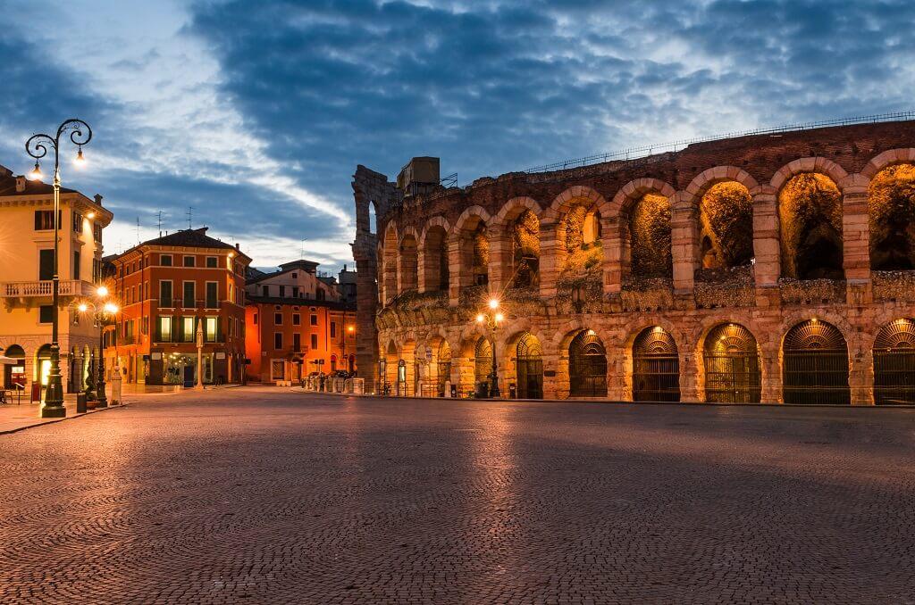 Verona-piazza-Bra