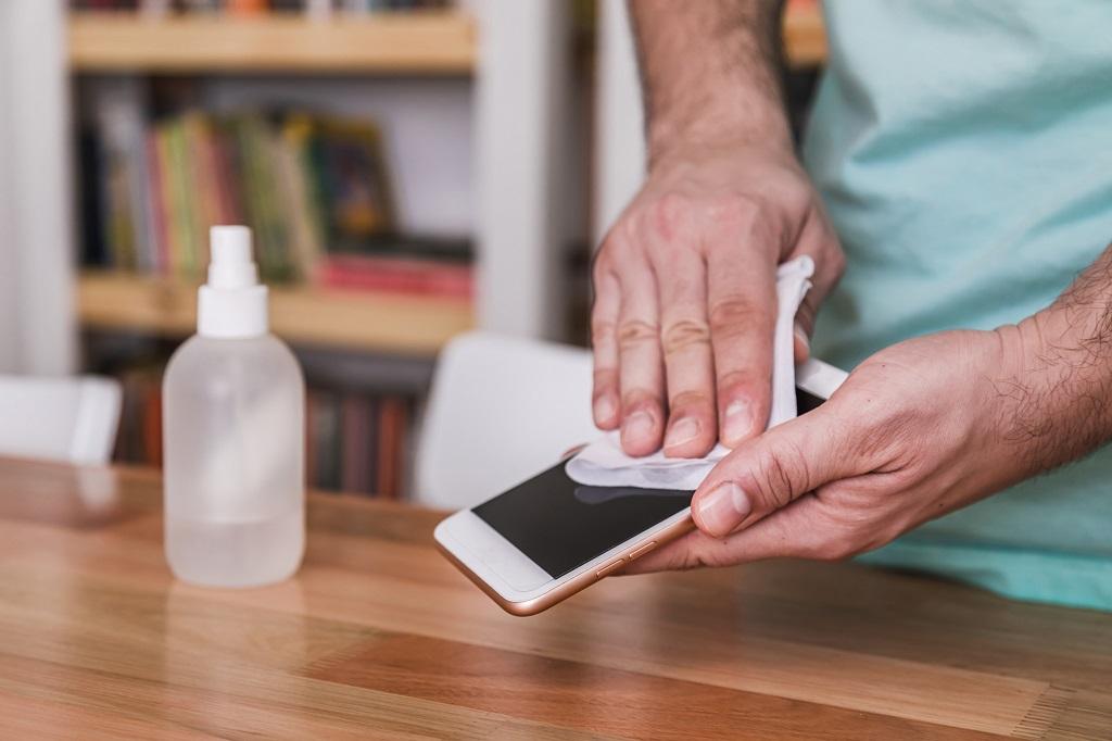 pulizia smartphone